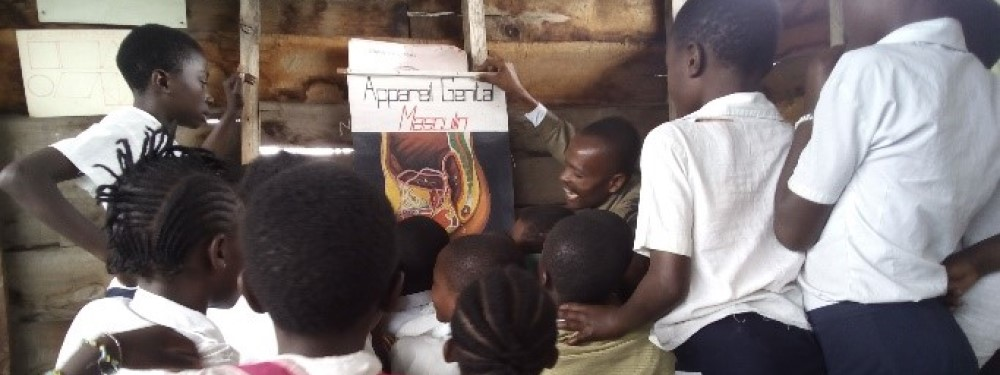 Reproductive health lesson in DRC